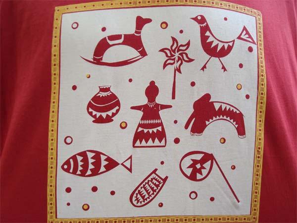 বৈশাখের টিশার্টে হাতি, পাখি, পাখার, ঘোড়া, পুতুল ইত্যাদির পাশাপাশি মাছ