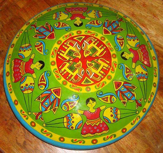 শিল্পকর্মঃ নকশী সরা, শিল্পীঃ শাইকা শারমিন, মাধ্যমঃ পোষ্টার কালার